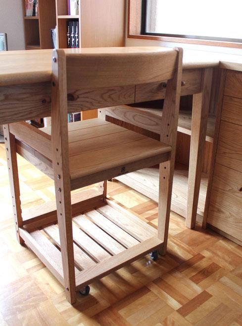 学習椅子(大和市・S様邸)