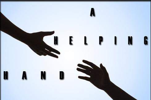 La main droite de Jésus rassure et tient les 7 églises.