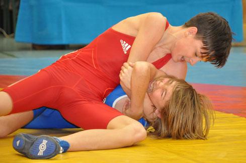 Mario Hofer (rot) holte die Bronzemedaille