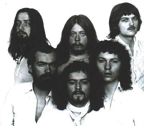 Zomby Woof aus Reutlingen bekam Ende der 70er-Jahre als eine der wenigen südwestdeutschen Rockbands einen Plattenvertrag bei einem großen Label. Dieser hielt aber nur ein Album lang. Foto: Promo