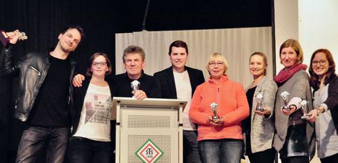 Die Filmcrew: (v.l.) Malte Goy, Mareike Busch, Erhard Leppin, Florian Leibold, Carola Leppin, Anna-Lena Kremer, Meike Oldörp, Hannah Lichtenberg