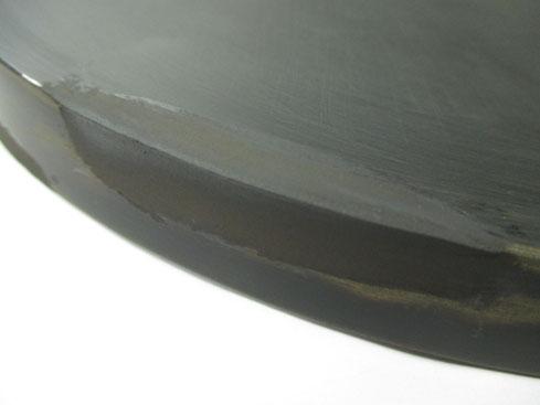 丸盆「扇松」 錆漆で補修