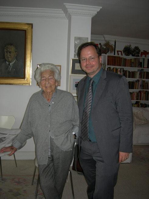 Im Hinrtergrund: Hans Juda, Elsbeths Mann Foto: Förderverein Liberale Synagoge