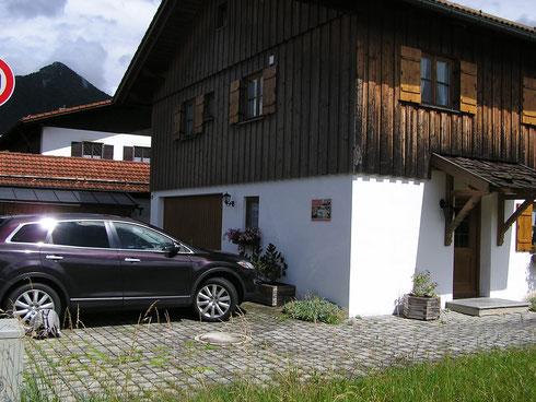 "Unser Ferienhaus ""z`Lenggrias""."