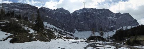 Von der Eng (südwestlich) zu den Nordwänden der Grubenkarspitze (bitte klicken zum Vergrößern)