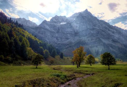 Herbstlicher Ahornboden (aufgenommen am 28.09.2013)