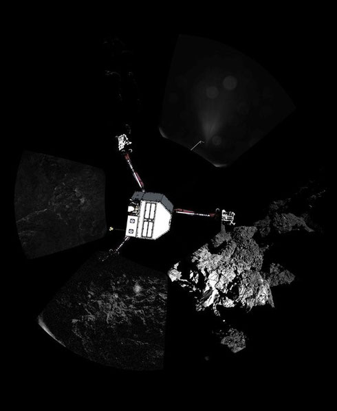 360°-Panorama vom Landeplatz des Landers Philae. Die gedachte Lage des Landers wurde nachträglich in das Panorama integriert. (Credit: ESA/Rosetta/Philae/CIVA)