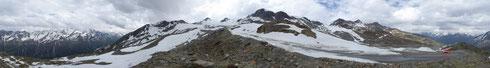 Mit dem Auto hoch hinauf: auf 2.860 Meter, siehe roter Kreis (Ötztaler Gletscherstraße am Tiefenbachferner) - durch Klicken vergrößerbar