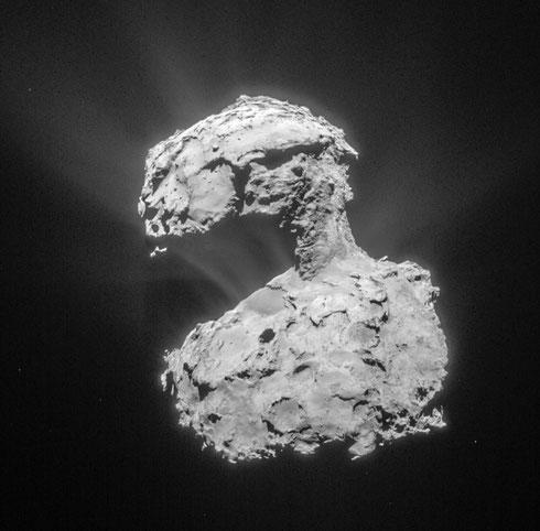 Komet 67P am 14 März 2015, aufgenommen durch Rosettas NavCam (Credit: ESA/Rosetta/NAVCAM – CC BY-SA IGO 3.0)