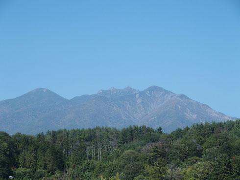 八ヶ岳PAから・・・                          この夏登った八ヶ岳を望む。懐かしいなぁ!!感慨ひとしおです。