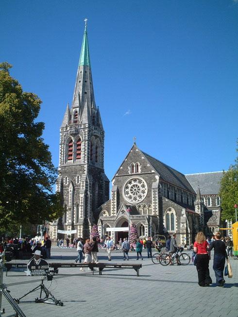 2003年のクライストチャーチの大聖堂 地震前はこのような姿だったのですが・・・