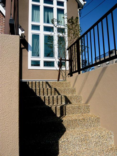 階段洗い出し