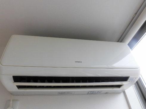 しろくまくんのフレーズの日立のお掃除機能付きエアコン