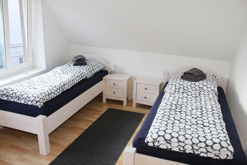 Zimmer 2 mit Einzelbetten als Doppelbett kombinierbar