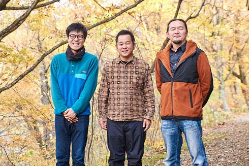 左から柳澤龍さん、三浦豊さん、皆川嘉博先生