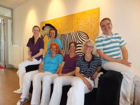 v.li.n.re: Lara Schmidt-R., Maria Rusu, Julia Steindl, Steffi Spaett, Anja Runge, Jörg Runge