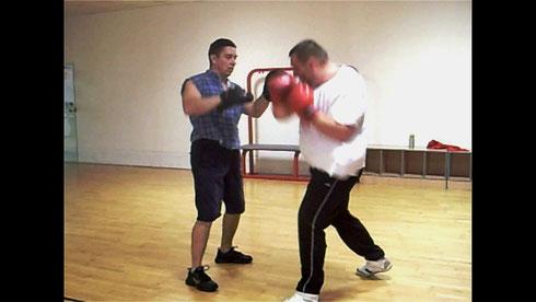 Personal Trainer Bodymaker beim Boxtraining
