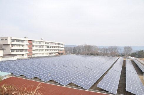 廃校が再生可能エネルギーで新たな集いの場に変身!