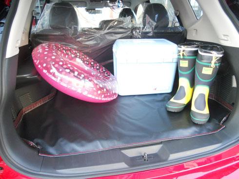 エクストレイル 荷室マット フロアマット 汚れ 積載 荷物