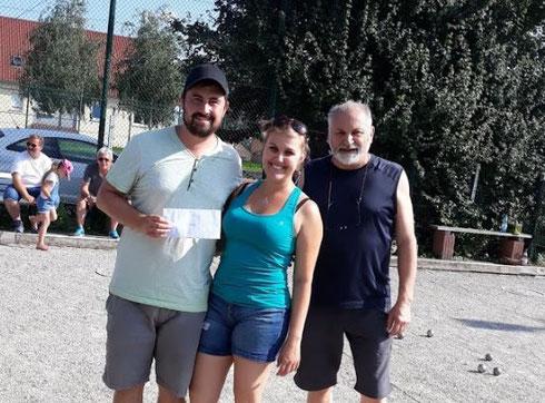 Turniersieger: Jannik Schaake mit Manon Dallery. Quelle: www.petanque-aktuell.de