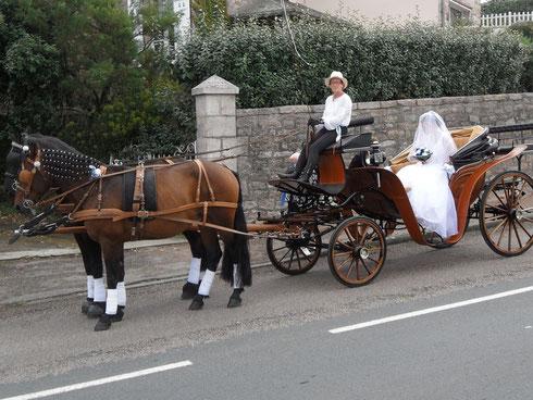 Nous venons chercher la mariée...