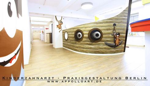 Wandmalerei in einer Praxis in Berlin Tempelhof mit der Sprühdose