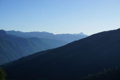 Ein Meer von Bergen.