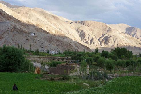 Vue sur le village de sakti