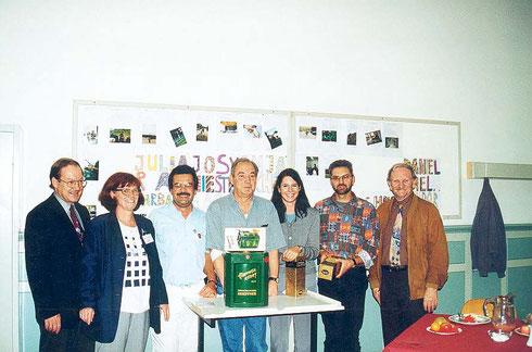 2000: Ehrung des 5.000ten Blutspender in der Friedrich-Realschule Durlach