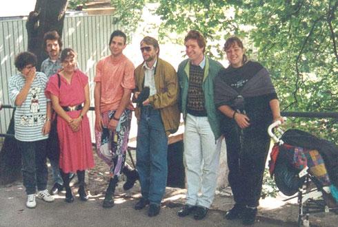 1990: Erstes Treffen mit einer Delegation des Partner-Rotkreuz aus Halle an der Saale