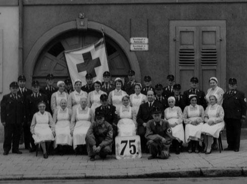 """1966: 75 Jahre Rote Kreuz Durlach """"Bereitschaft 3m / Bereitschaft 3w"""""""