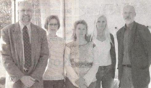 Freuen sich über den neuen Raum: Johann Hansen, Kerstin Kentschke, Erika Fahlendieck, Regina Egge und Gerhard Boll (v.li.). Foto: Werlich