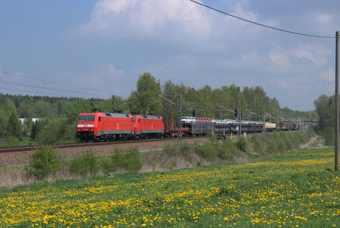 152 004 und 152 029 mit umgeleiteten Gz bei Colmnitz