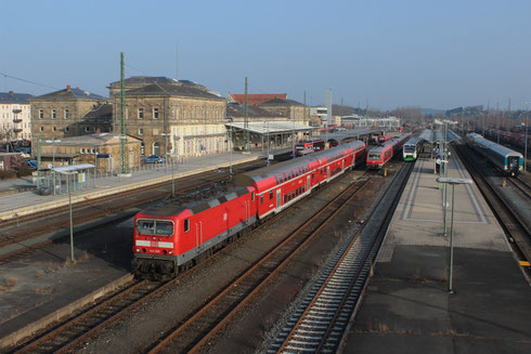 143 360 mit RE 4773 in Hof