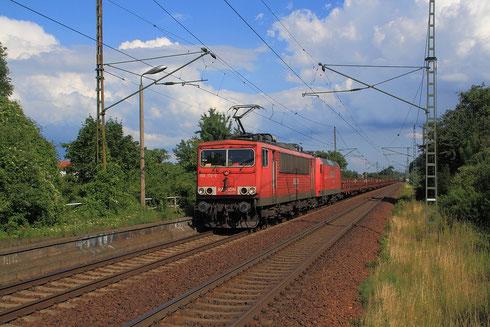 155 172 und 145 059 mit Schienenzug in Dresden Stetzsch