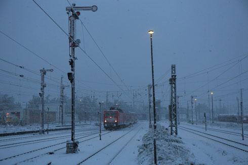 143 837 mit RE 3 in Zwickau