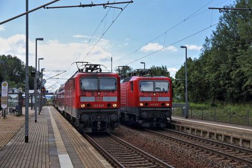 143 647 und 143 837 im Bahnhof Klingenberg Colmnitz