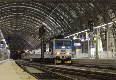 372 201 mit EN 477 in Dresden