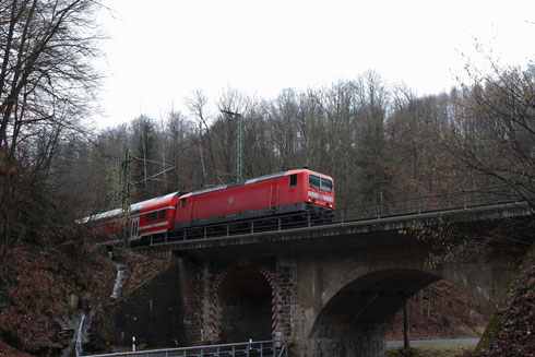 143 033 mit RB 17217 in Edle Krone