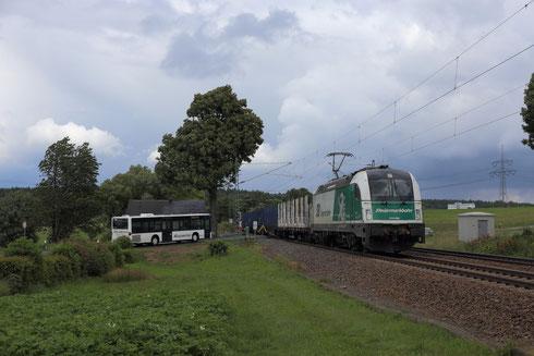 1216 960 mit einem leeren Holzzug in Colmnitz