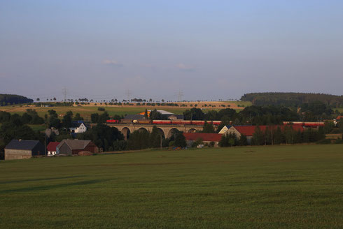 294 907 mit dem Nahgüterzug nach Dresden