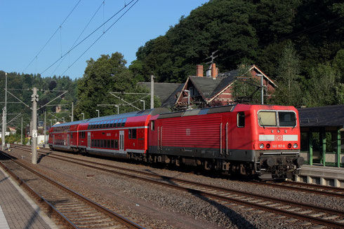 143 157 mit RB 17208 in Tharandt