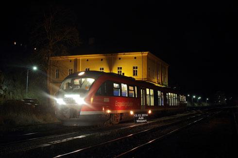 Letzter Zug der Erzgebirgsbahn im böhmischen Grenzbahnhof Weipert/Vejperty