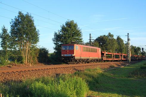 155 267 mit Autollerzug am BÜ Colmnitz