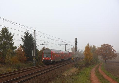 RB 17171 nach Chemnitz geschoben von 143 585 vor Ottendorf