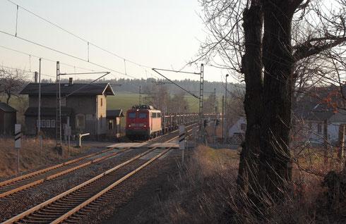 140 037 mit Leerautozug in Hilbersdorf