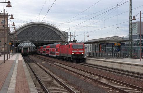 143 928 auf der S1 in Dresden hnf