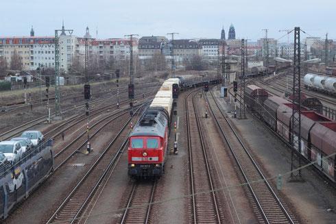 233 127 mit Mischer (EZ 45320) in Dresden Friedrichstadt