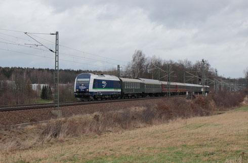 223 144 mit der Leerwagenüberführung bei Colmnitz