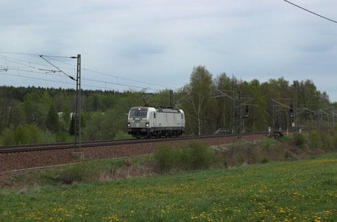 193 812 auf der Fahrt von Dresden nach Freiberg bei Colmnitz